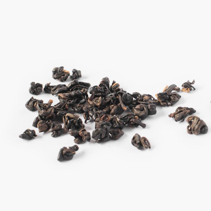 thé noir ; goutte du thé detail 501-2